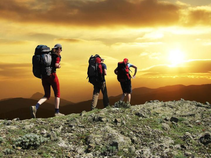 mountain-people-outdoor-sport-awesome